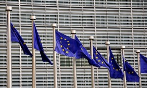 EUflags_EUCommission_Brussels-717x432